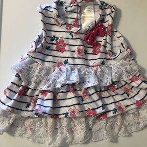 **5 for $10** flower and lace dress